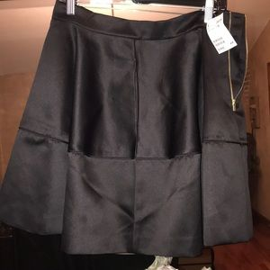 NWT silky skirt with side pockets